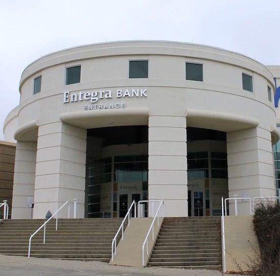 More Info for Bon Secours Wellness Arena Announces New Partnership with Entegra Bank